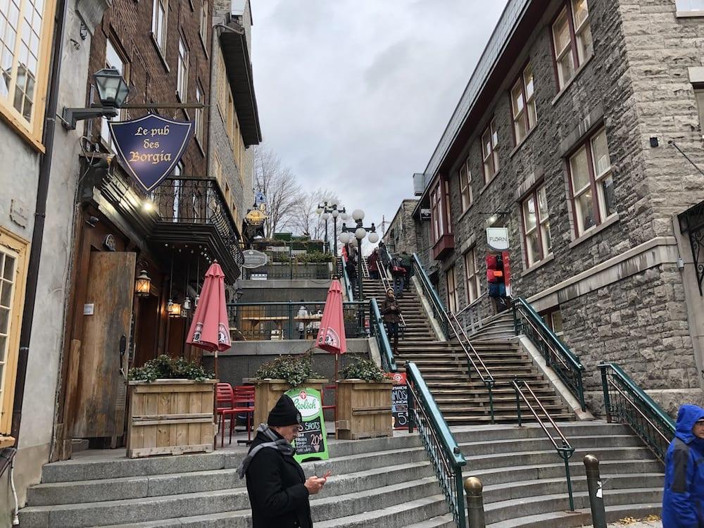 L'Escalier Casse-Cou